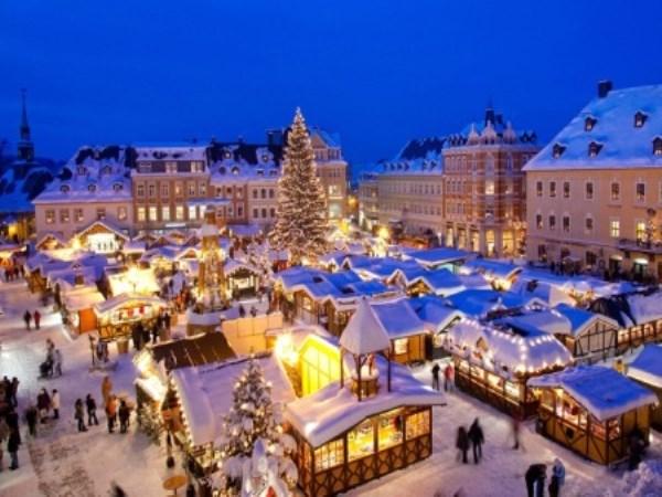 Foto Merano Mercatini Di Natale.Mercatini Di Natale Merano E Bolzano I Viaggi Del Bombeo